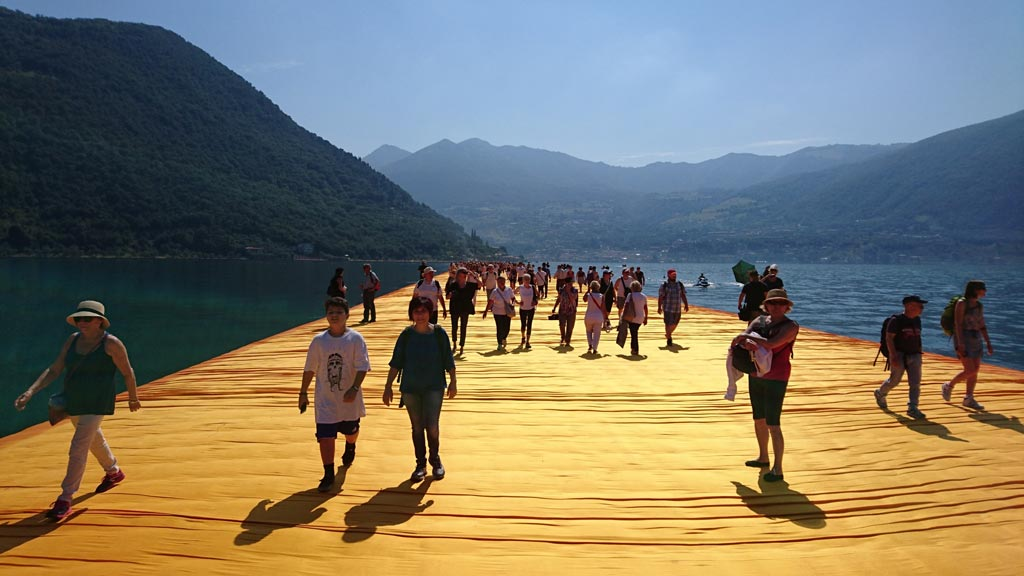 fengshui-floatingpiers-christo-8